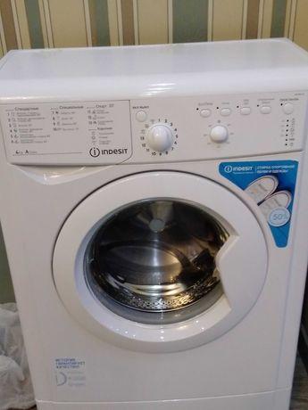 Стиральная машина INDESIT IWUB 4105