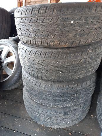 Продавам летни гуми Континентал 215 60 17