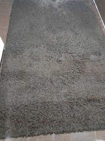 Продавам килим 160/230см