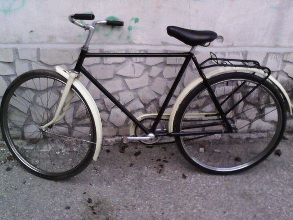 Ретро велосипед S-KA от 1947 година , Колоездачни клинове и тениски