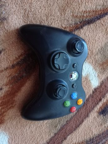 Vând maneta Xbox 36