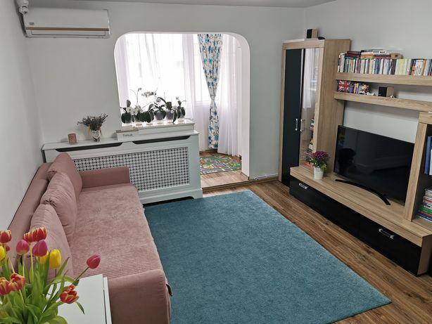 Particular - Apartament mobilat 4 camere  Cerna