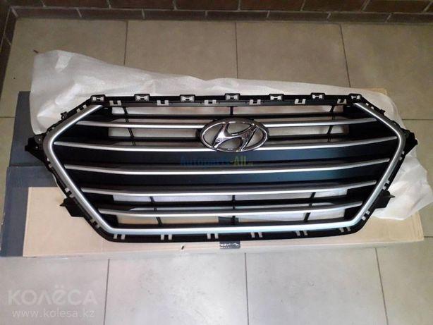 Решетка радиатора Hyundai Elantra 17-18/ Елантра
