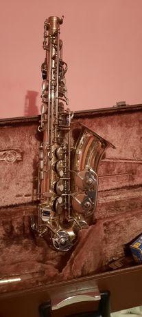 Vind saxofon Selmer model vechi in stare foarte buna