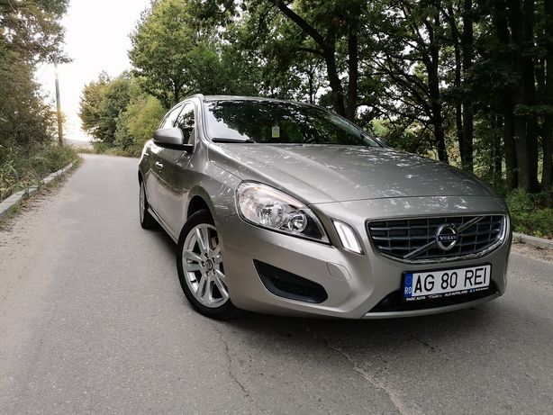 Unic proprietar in România, vând Volvo V60