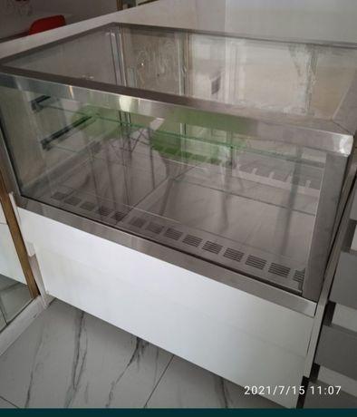 Холодильник.витралнй холодильник.