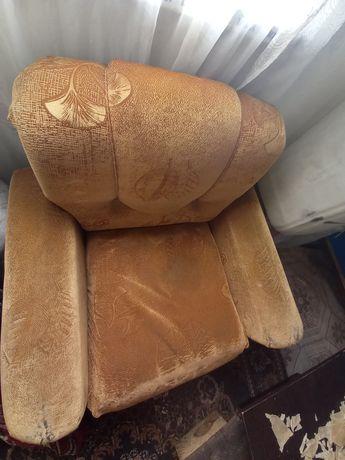Срочно продам кресло.