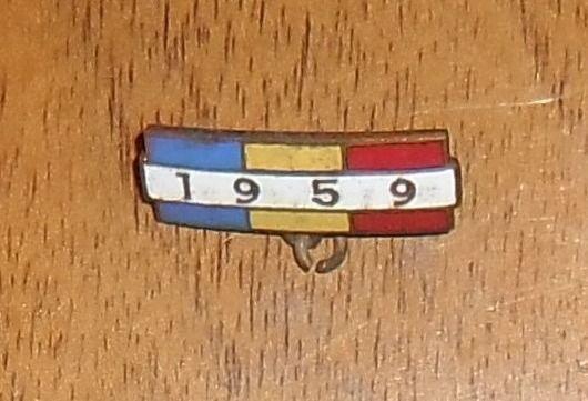 """Vând insignă """"1959"""""""