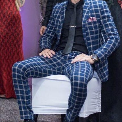 Costum Men with Style