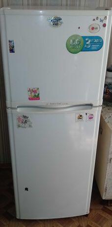 Продам холодильник LG, б/у в хорошем состоянии, рабочий, без изъянов .