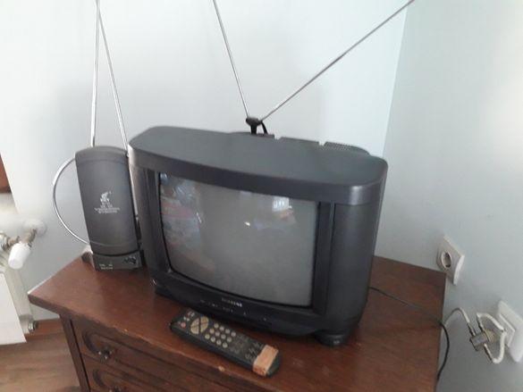 Телевизор цветен SAMSUNG к-т със стайна антена, усилвател,дистанц.