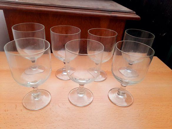 Елегантен сервиз 6 плюс 1 резервна чаши за мелби или вино, друго