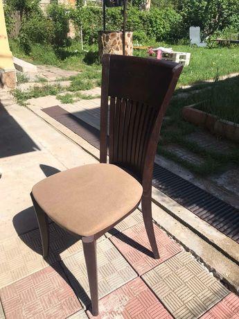 Трапезарни столове