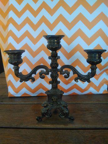 Продавам антикварен Френски бронзов бароков свещник Рококо