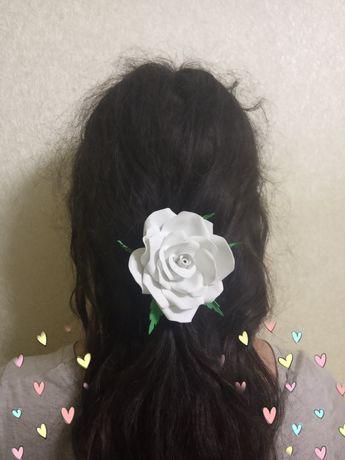Заколки-розы на 1 сентября