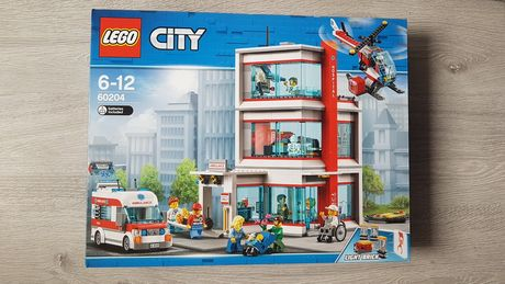 Lego CitySpitalul City 60204 / Baza explorare vulcan 60124 NOU