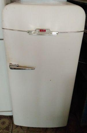 Холодильник Зил Москва