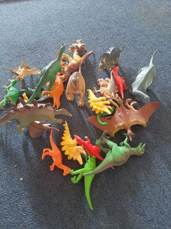 Динозаврики разные