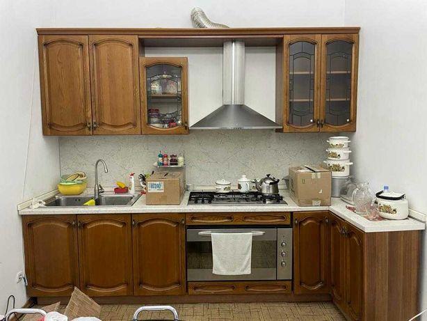 """Продам итальянскую кухню без оборудования от мебельного салона """"Жанна"""""""
