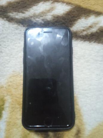 Продам Айфон 6с в хорошем состояние документы есть