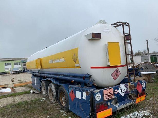 Semiremorca Cisterna 42 tone , ALUMINIU 4 compartimente pentru motorin