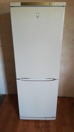 Холодильник новый потчти продажа в связи отъездом срочно