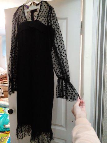 Продам платье по 8000