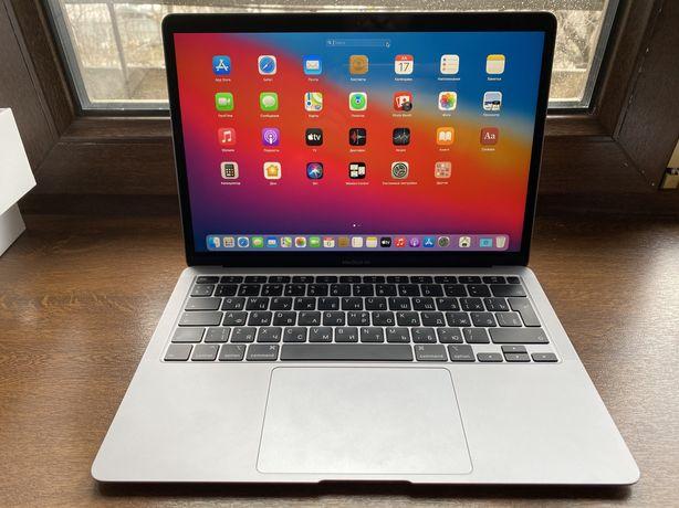 MacBook Air 2020г 256гб Core i3