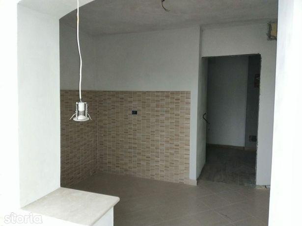 Apartament Tecuci 3 camere zona Industriala langa scoala 11