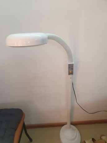 Продается лед лампа для мастера