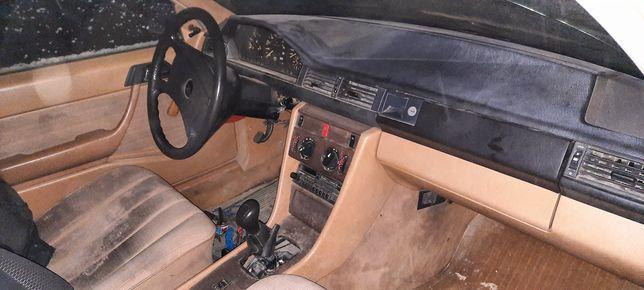 Mercedes w124 pt dezmembrare