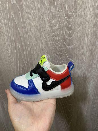Кросрвки (Детская обувь)
