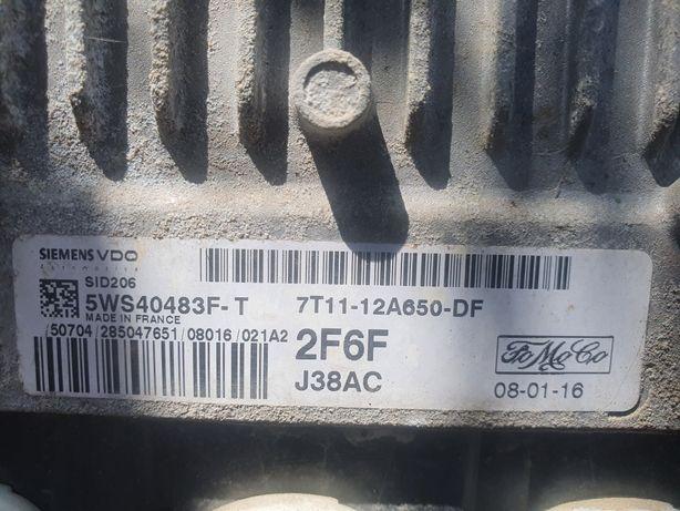 Dezmembrez motor transit connect cod r3pa