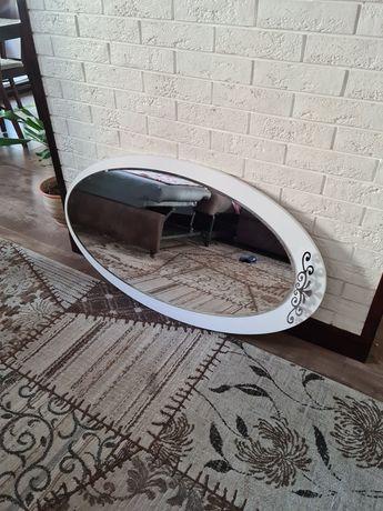 Зеркало новое,овальное