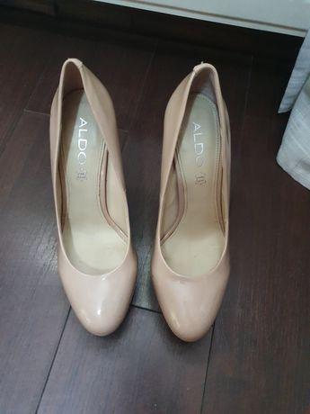 Pantofi crem Aldo marime 38
