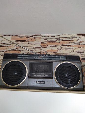 Продавам стерео радио касетофон