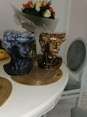 Cadoul perfect obiect decor statueta bust vaza
