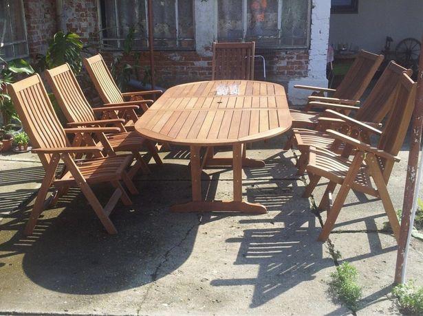 Masa cu 8 scaune lemn masiv
