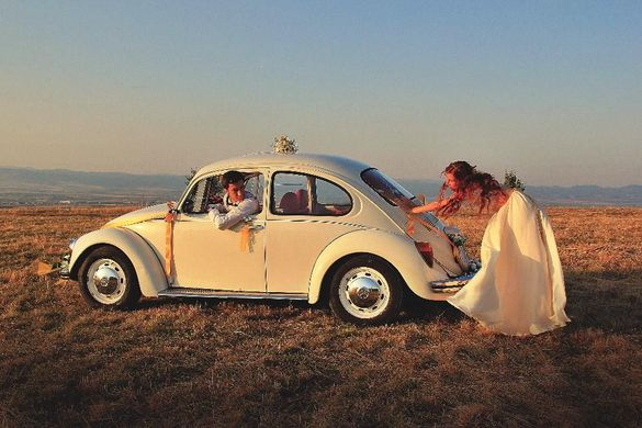 Ретро кола под наем за сватба, абитуриентски бал, фотосесия