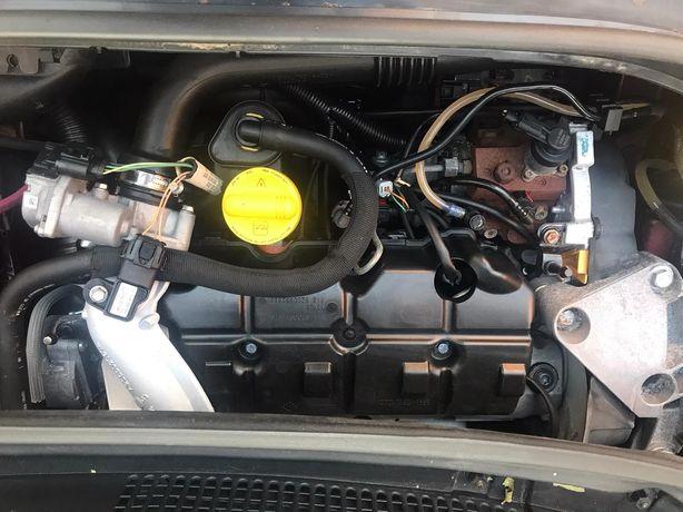 Motor 1.9 dci renault megane scenic trafic opel vivaro nissan primasta