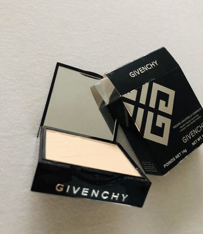 Givenchy Matissime Compact Powder Foundation