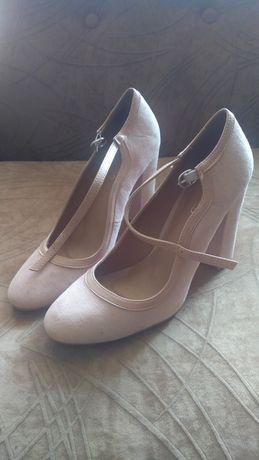 Обувки 38 ном