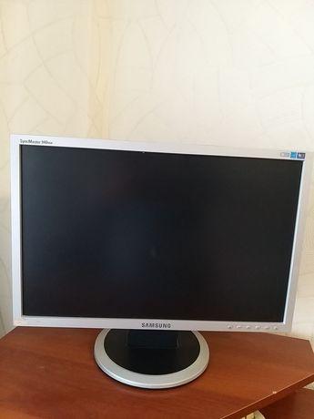 Продам монитор Самсунг от компьютера