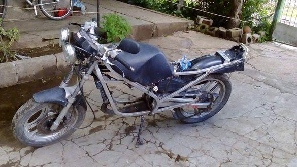 Honda NS 125 F на части
