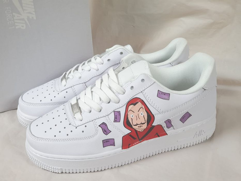 Air force 1 / La casa de Papel Bucuresti - imagine 1