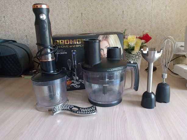 Кухонный комбайн Редмонд на запчасти