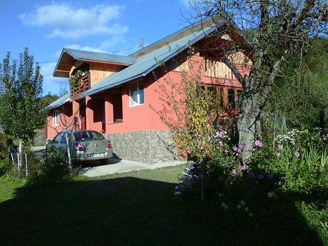 Vand casa 4 camere