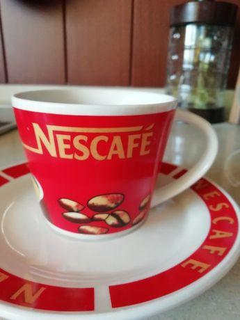 Чаши с чинийки Nescafe