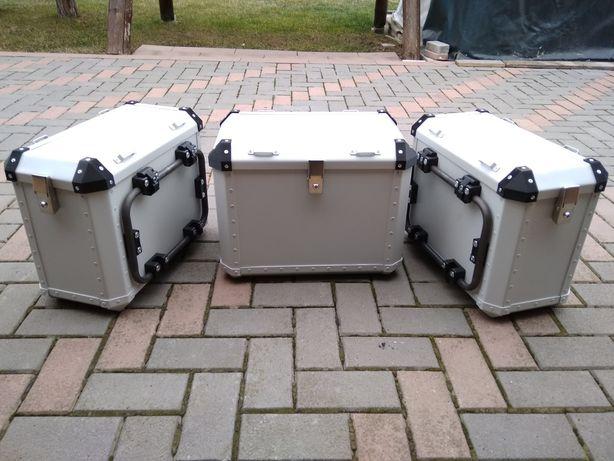 Confecționez topcase ,sidecase,cutii moto