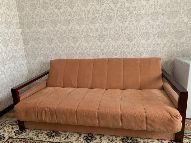 Продам диван, б/у, в хорошем состоянии